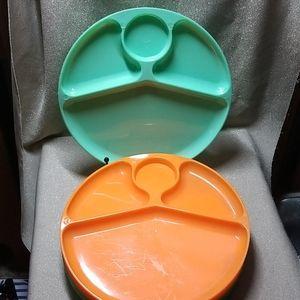 Set Vintage Plastic BBQ Picnic Plates